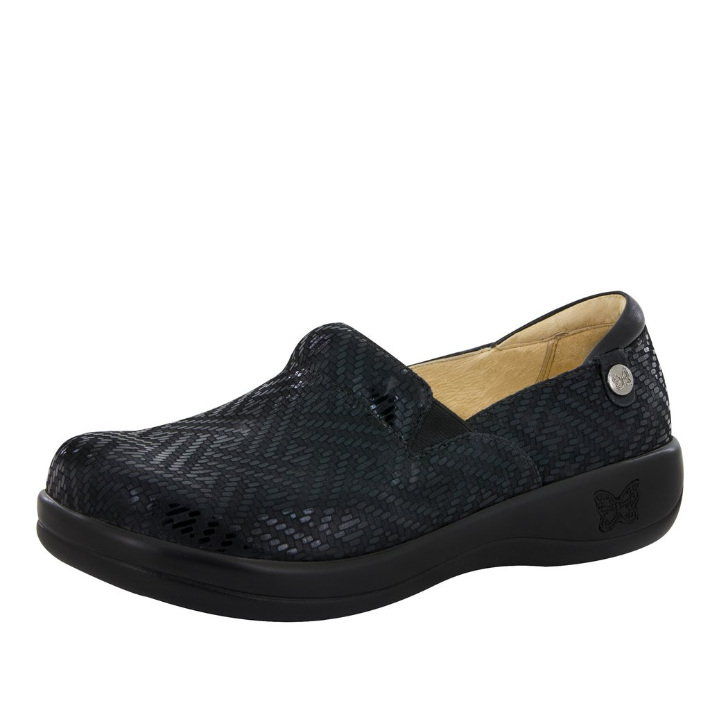Nursing Shoes For Wide Flat Feet