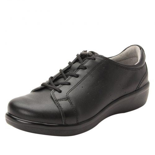 TRAQ shoes